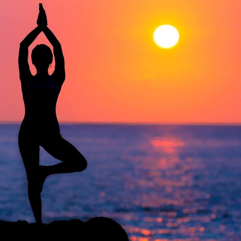 Yoga a Laqua Charme & Boutique